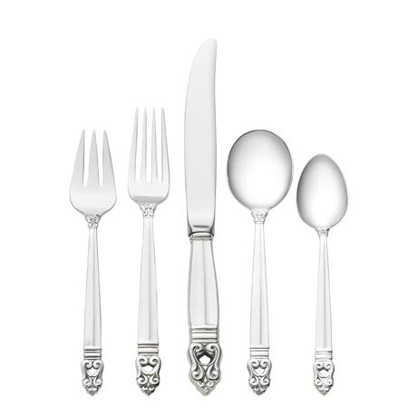 $950.00 5 Piece Place Setting with Cream Soup Spoon and Luncheon Knife