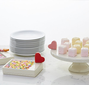 $60.00 cake stand