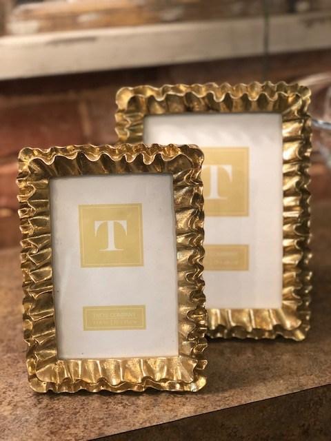 $30.00 gold ruffle frame5x7