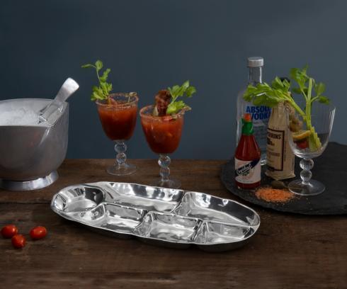 $138.00 ovl divided dip platter