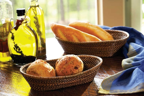 $36.50 Oval Bread Basket LG w/Tub