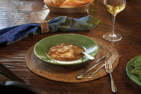 $37.00 Oval Placemat