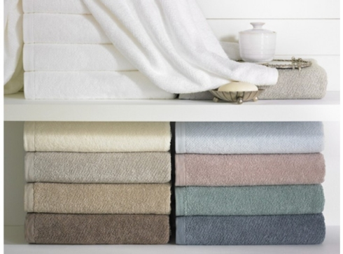 $38.00 White Ivory Jubilee Bath Towel