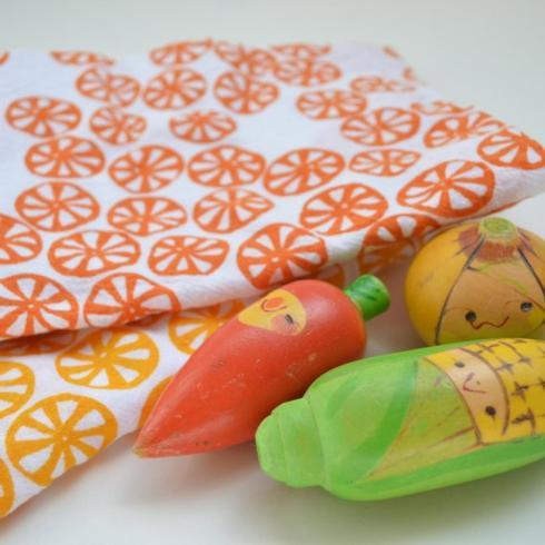 $13.95 Kei & Molly Flour Sack Dish Towel ~ Orange Citrus