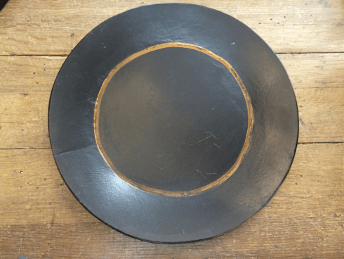 $32.00 BLACK AND GOLD ROUND TRAY