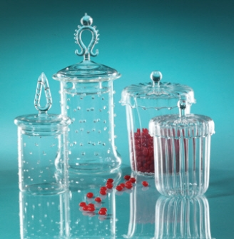 $33.00 Apothecary Set With Dots