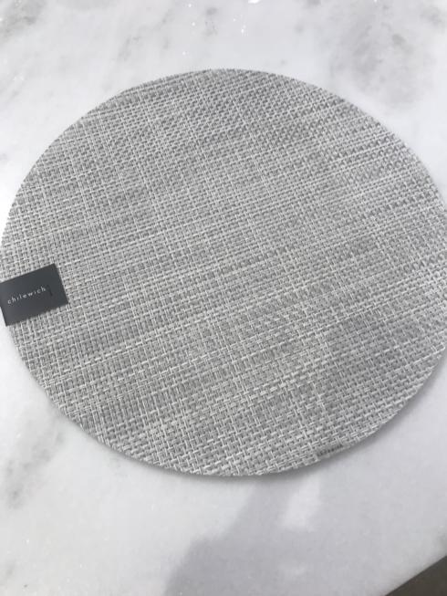 $15.75 White and Silver Round Placemat