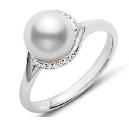 $1,537.50 Akoya Pearl and Diamond Twist Ring
