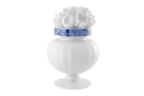 $655.00 Flower Vase (Gift Box)