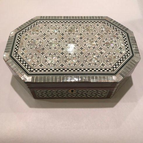 $190.00 Octagon Mother of Pearl Inlay Box